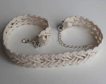 Lovely cream romantic handmade choker