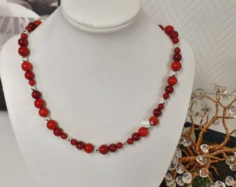 Necklace red coral beads 5, 7 and 8 mm and oval beads