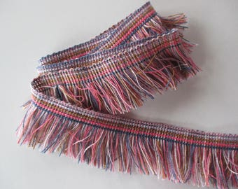 Cotton fringe degrade color, blue, light pink, pink Fuchsia and Brown height 4 cm.