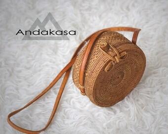 Small Round Ata Rattan Woven Bag, Unique Summer Shoulder Bag, Small Classic Patern Ata Rattan Bg