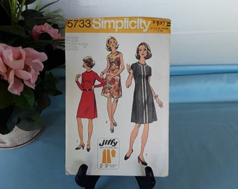 Simplicity 5733 Dress  Size 10 ~12 Bust 32 1/2~34