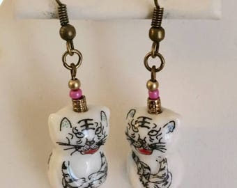 Cute Porcelain Cat Earrings With Pink Seed Beads