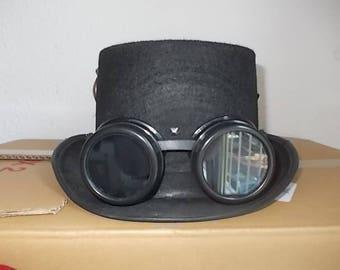 Gothic Hut, Hat, Goggles. Schwarze Zylinder. Federn. Size 58