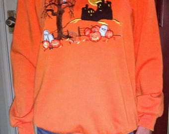 Vintage Halloween sweatshirt, Halloween sweater, vintage holiday sweatshirt