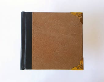 Clearance - Square sketchbook - old stock