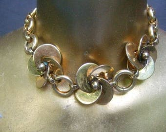 HATTIE CARNEIGIE Gilt Metal Choker Necklace