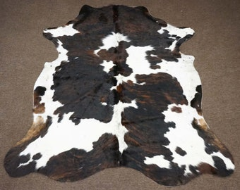 Flawless Southern Style Tricolor Cowhide Rug - OG - 401 [Size: 7'1 x 6'5]