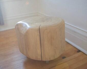 stump/ stump table/ stump with wheels