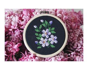 Unique piece - drum - Herbarium n.06 flowers - embroidery - cross stitch June B. Kitsch - JBK