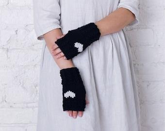 Half finger merino wool mittens Knitted arm warmers Valentine day gift Black womens mittens Fingerless gloves Stylish womens warm accessory