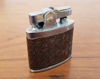 Vintage 1950s Auer Champion Lighter, Working Condition