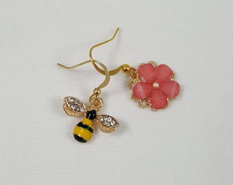 Bee Earrings, Bumble Bee and Flower Earrings, Honey Bee, Mismatched Earrings, Spring Earrings, Bee Jewelry
