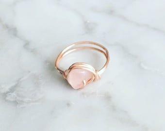 Rose Gold Rose Quartz Ring - Rose quartz ring - Rose gold ring - Rose gold wire wrapped ring - Gemstone ring - Statement ring