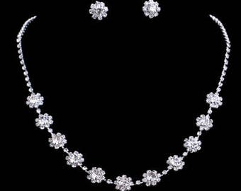 Delicate Bridal / Wedding Floral Earrings & Necklace Set NK7020