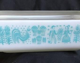 Butterprint (Turquoise On White) pyrex, butterprint, pyrex, vintage pyrex, 1960's pyrex, refrigerator dish, 1 1/2 qt. pyrex, pyrex dish 0503