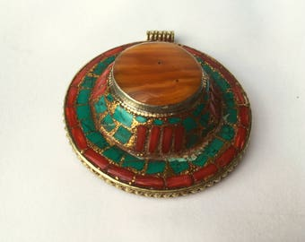 Natural aber,turquoise and coral pendant handmade by tibetan people