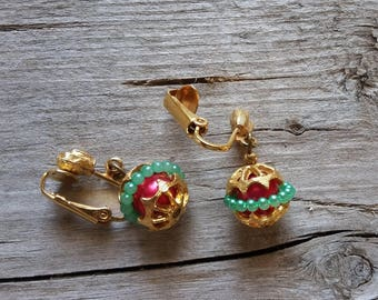 Vintage Christmas Ornament Dangle Earring-Christmas Ornament Clip Earring-Vintage Christmas Earring-Christmas Drop Earring-Free Shipping