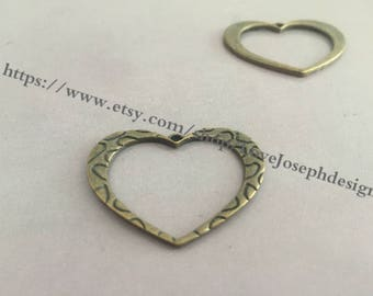 wholesale 20 Pieces /Lot Antique Bronze Plated 26mmx30mm heart connector charms (#0271)