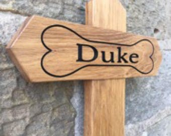 Solid oak and black hand painted engraved pet memorial signs