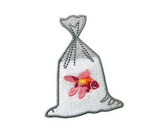 1pcs fish patch, Embroidery patch Iron on   Sew on patch Applique RN362
