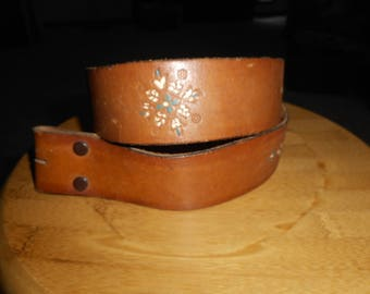 Vintage 1970's Hand-painted embossed brown wide leather belt 34 USA EUC
