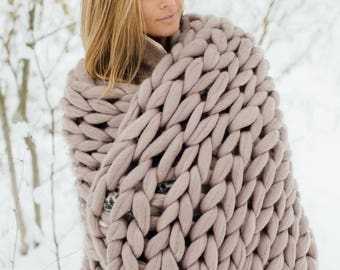 Chunky knit blanket, throw blanket from giant yarn, arm knit blanket from 100% merino wool, extra warm chunky blanket