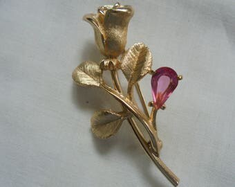Vintage Gold Tone Rose Brooch with Pink Stone