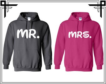 Mr and Mrs Couple Love Hoodie Couple Hoodies Hooded Sweatshirt Party Top Valentines Day & Anniversary Gift For Couples Gifts For Him And Her
