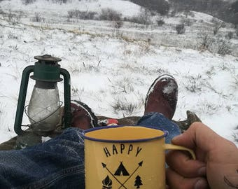 Custom Enamel Vintage Mug Happy Camper  For Milk Tea Cofee Camping Hiking Fire Tent Tree Mountain Backpacking For Valentines Day Sweet  Gift