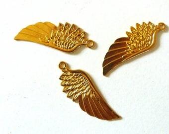 Brass wing