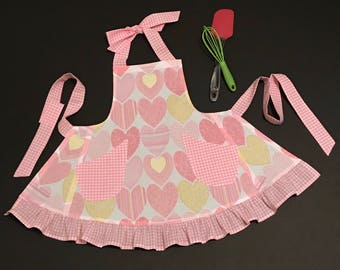 Toddlers Apron, Little Girl's Apron, Heart Print Apron, Toddler's Bib Apron, Heart Apron, Girl's Apron, Pink & White Apron