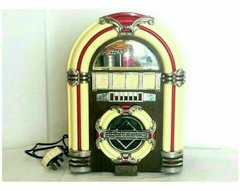Vintage Jukebox Radio AM/FM Cassette Player (6886)