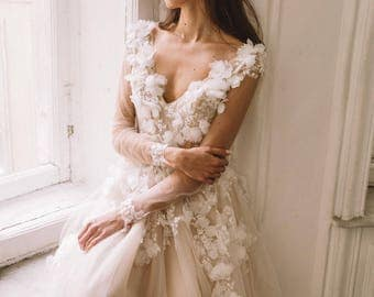 Unique vintage romantic wedding dress with 3d flowers, a-line with sleeves, 2018 Boom Blush