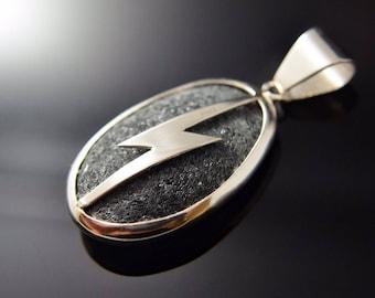 Piedra de Rayo Amuleto / Thunder Stone .925 Sterling Silver Wrapped
