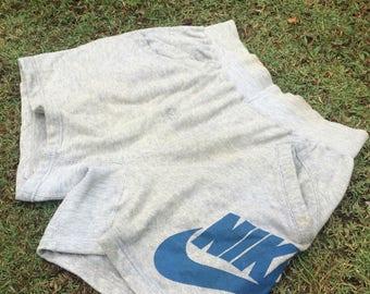 Vtg 90s Nike warm up shorts pants