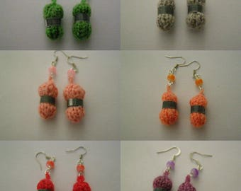 Choose earrings ball of wool