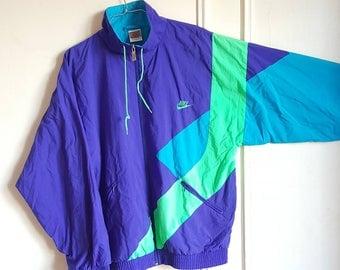 Vintage 90s Nike Sport jacket size M like new.