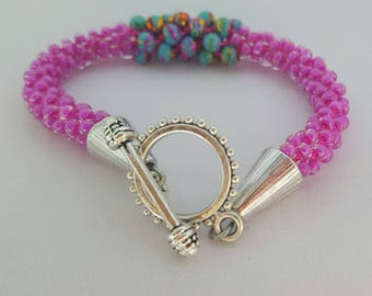 FREE SHIPPING!!!!!!! Kumihimo hot pink and fiesta bead bracelet