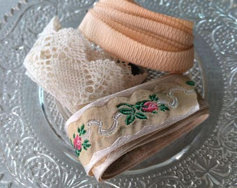 Vintage lace and braid - three assorted lengths