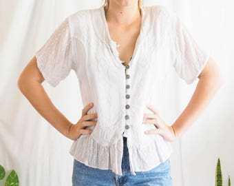 vintage lace button up detailed tee