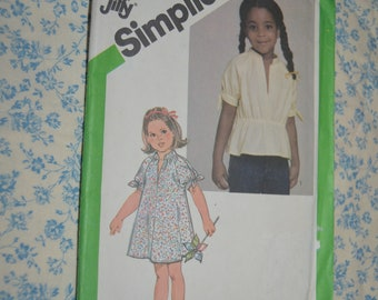Vintage 80s Simplicity 9884 Girls Jiffy Pullover Top or Dress Sewing Pattern - UNCUT - Size 3
