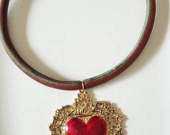 Neck Sacred Heart
