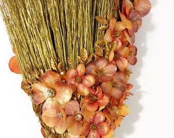 Wedding Broom: Blushing Bride
