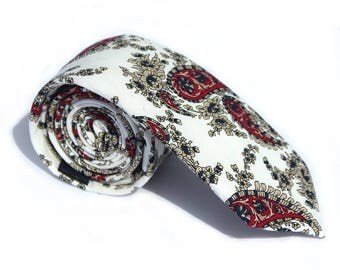 The Anglesey - A White Skinny with Paisley