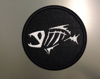 """FISH SKELETON Patch - Embroideed Iron On Patch - 3"""""""