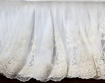 luxury embroidery ivory lace shabby chic duvet cover wraparound bed skirt dust ruffle