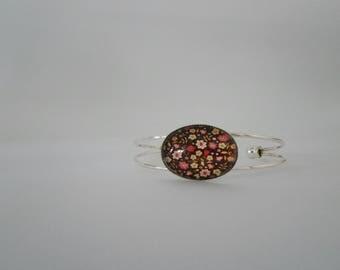 Bracelet stiff cabochon