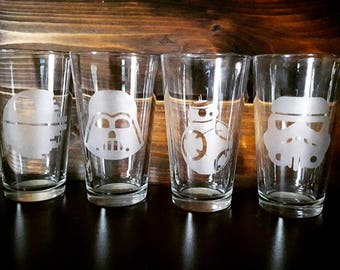 Star Wars Pint Glasses, Star Wars Character Glasses. Custom Pint Glasses, Star Wars Gift Idea, Gifts for Him, Star Wars Gift