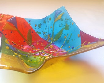 Floral Glass Origami Bowl