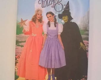 Simplicity Wizard of Oz Costume Pattern for Dorothy, Good Witch, Wicked Witch - Adult Sizes 14, 16, 18, 20, 22 - Uncut Sewing Pattern